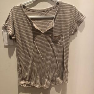 Old navy V-neck taupe and white tee